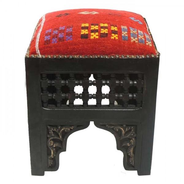 Orientalischer Sitzhocker mit Kelim